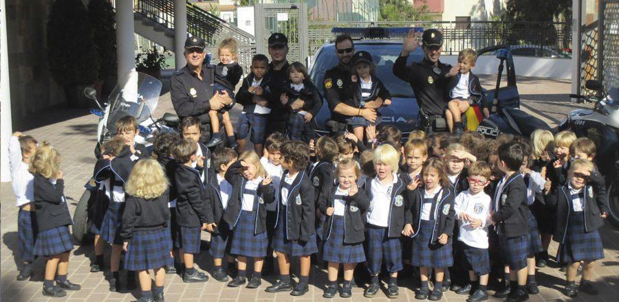 Policia-900x440